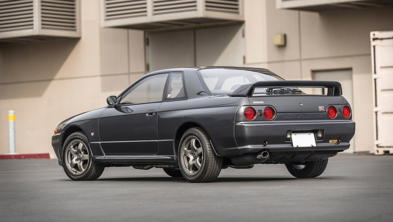 Nissan nissan sky : 1989 Nissan Skyline R32 GT-R Auction | Motor1.com Photos