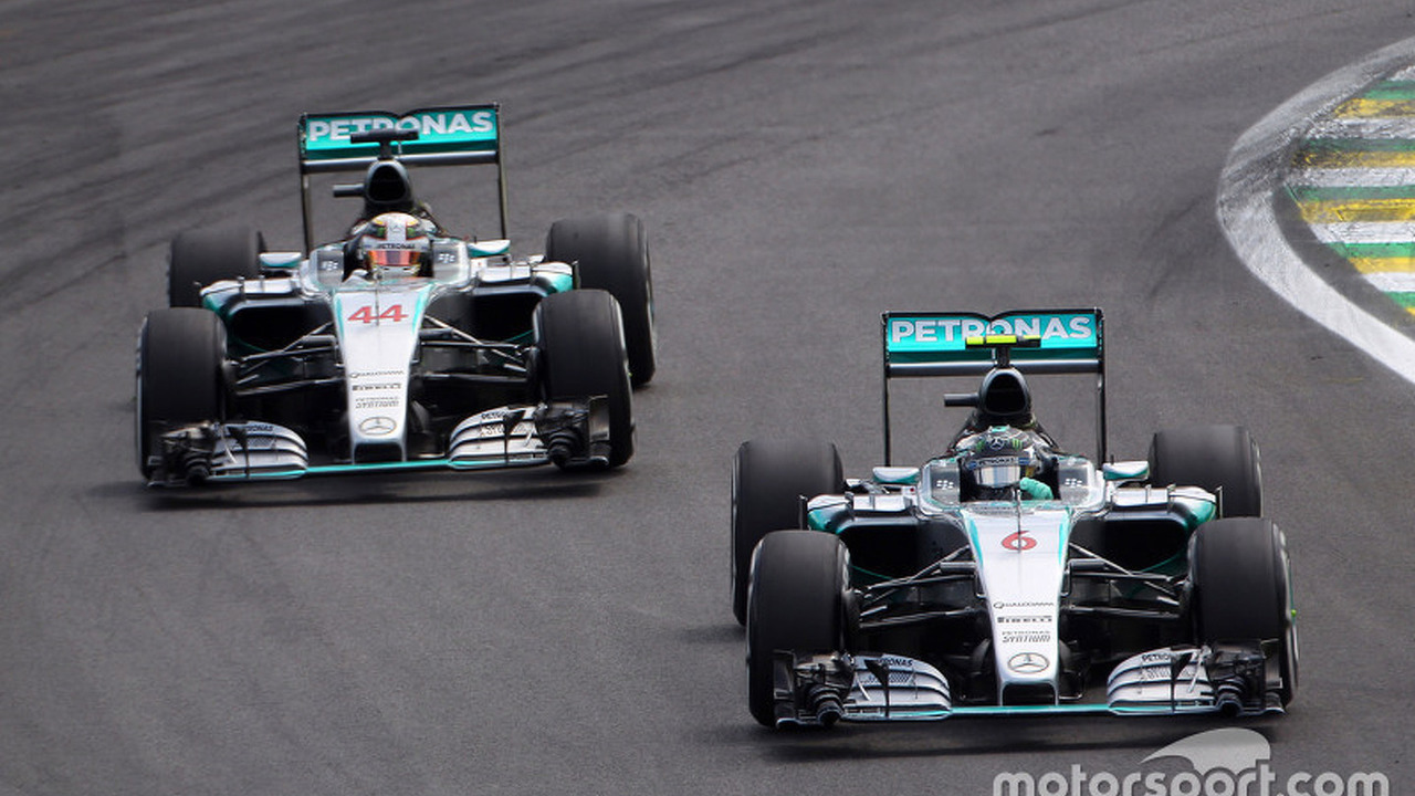 Nico Rosberg, Mercedes AMG F1 W06 leads team mate Lewis Hamilton, Mercedes AMG F1 W06