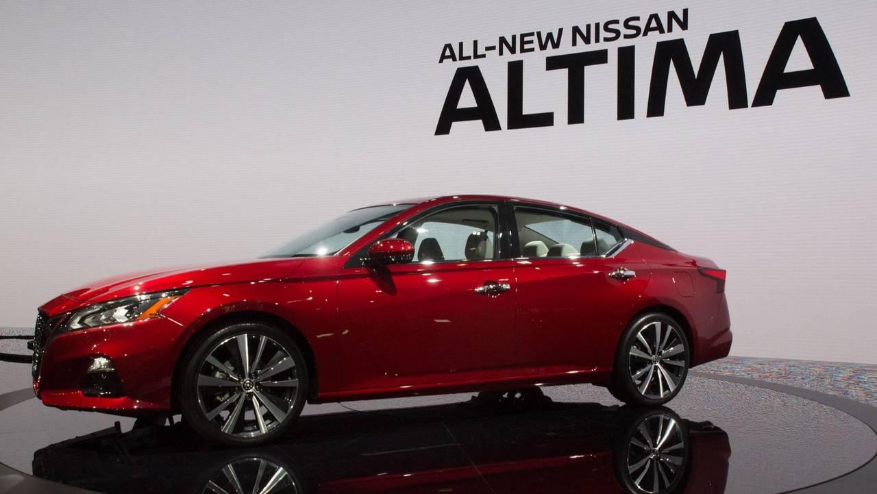 2019 Nissan Altima | Motor1.com Photos