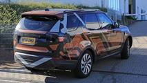 2017 Land Rover Discovery spy photo