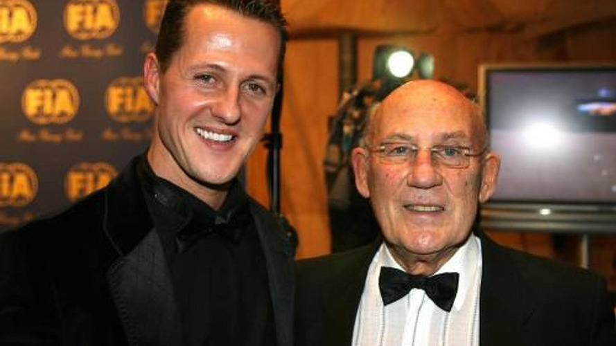 Schumacher 'past it' says Stirling Moss