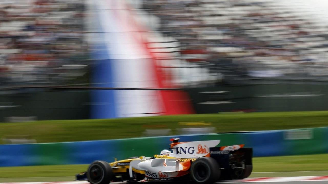 2008 French Grand Prix - Renault R28