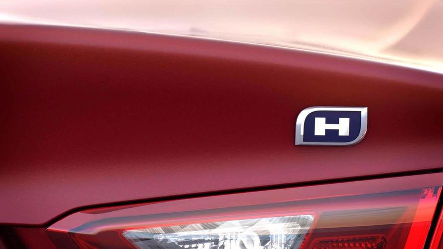 2016 Chevy Malibu Hybrid priced from $28,645
