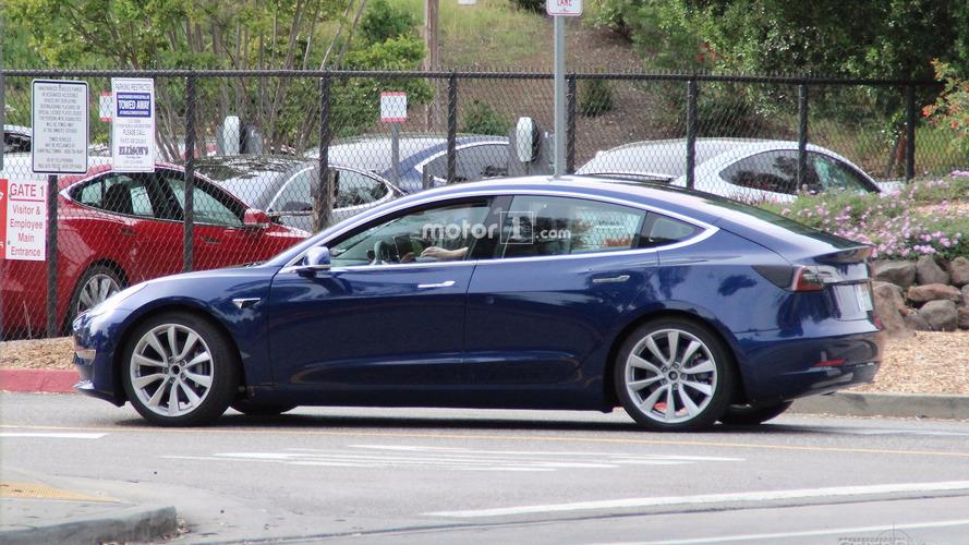 Elon Musk: Tesla Model 3 Release Date To Be Revealed Sunday