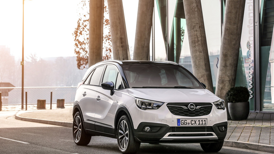 Opel: Több mint 100 ezer megrendelés az Opel Crossland X-re