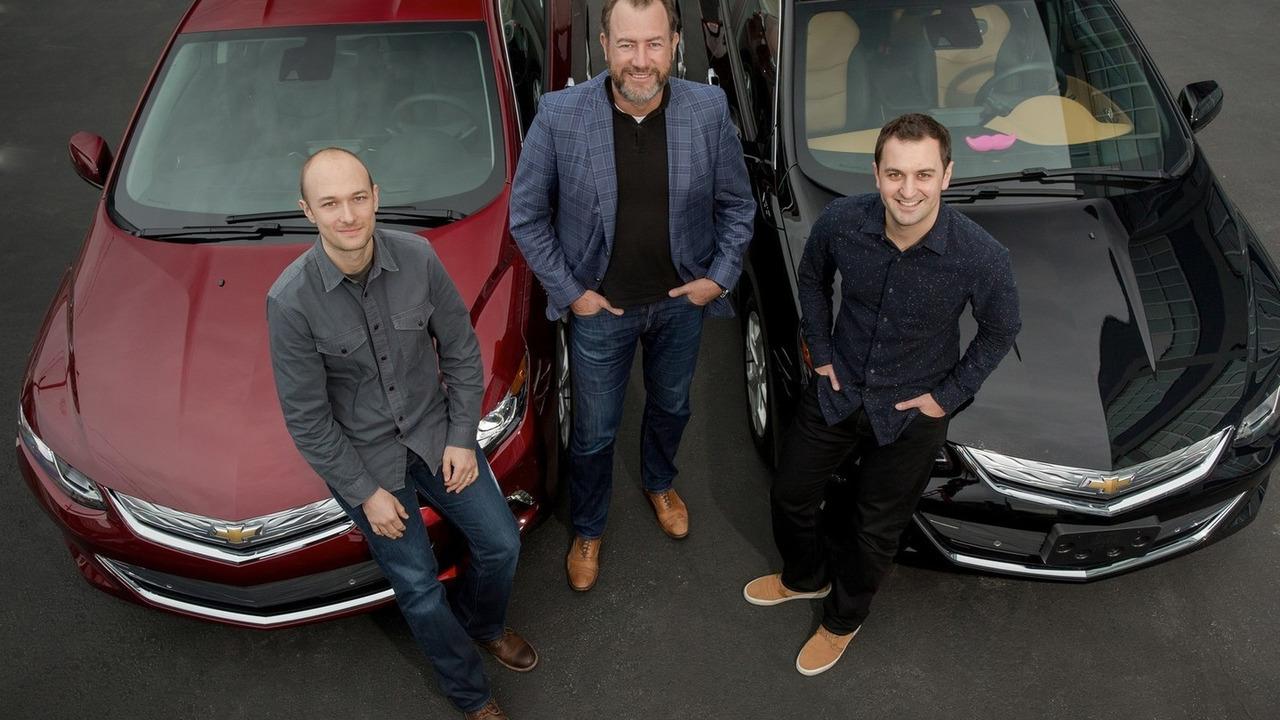 GM & Lyft partnership - General Motors President Dan Ammann (center) with Lyft Inc. co-founders John Zimmer (right) and Logan Green (left)