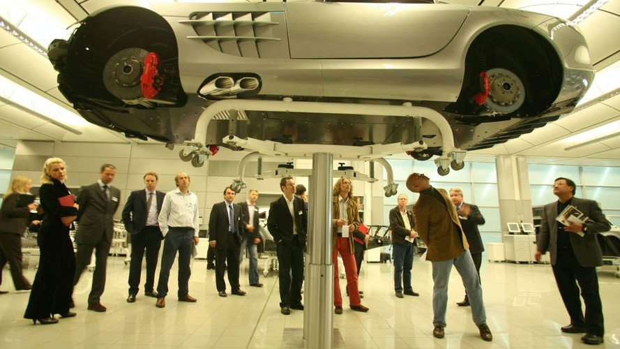 Mercedes Ends SLR Production in 2009
