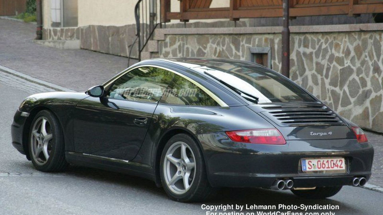 Spy Photos: New Porsche 911 Targa