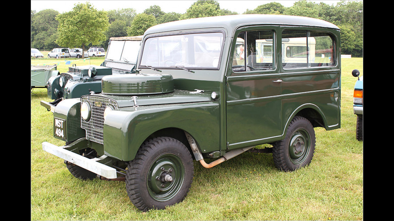 Land Rover Station Wagon