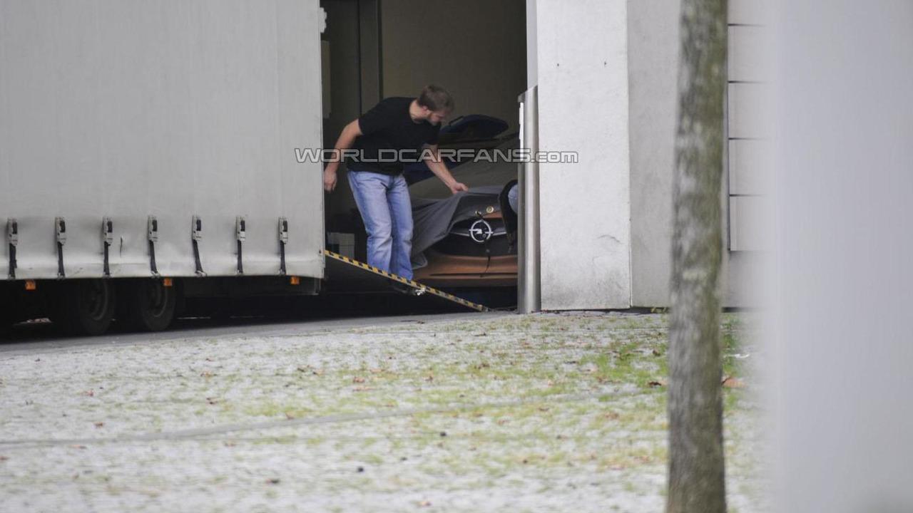 Opel coupe concept spy photo 11.1.2013