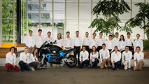 Electric bike team aims to travel globe in 80 days