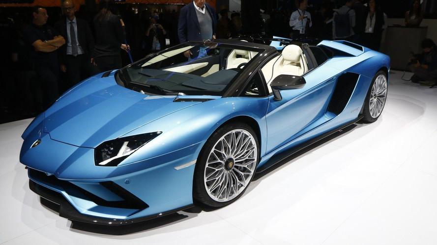 VIDÉO - L'Aventador S Roadster se découvre à Francfort