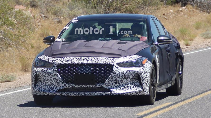 2018 Genesis G70 ön yüzünü ve kabinini gösterdi