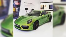 Porsche 911 vert phyton