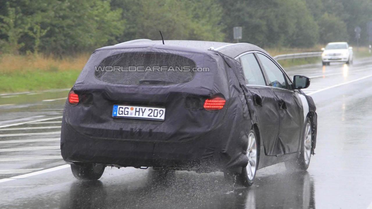 2012 Hyundai Sonata / i40 Wagon spy photo