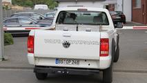 VW Amarok goes single-cab for 2011 - spy photos