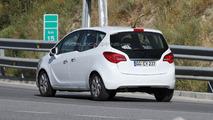 2014 Opel Meriva facelift spy photo 20.6.2013