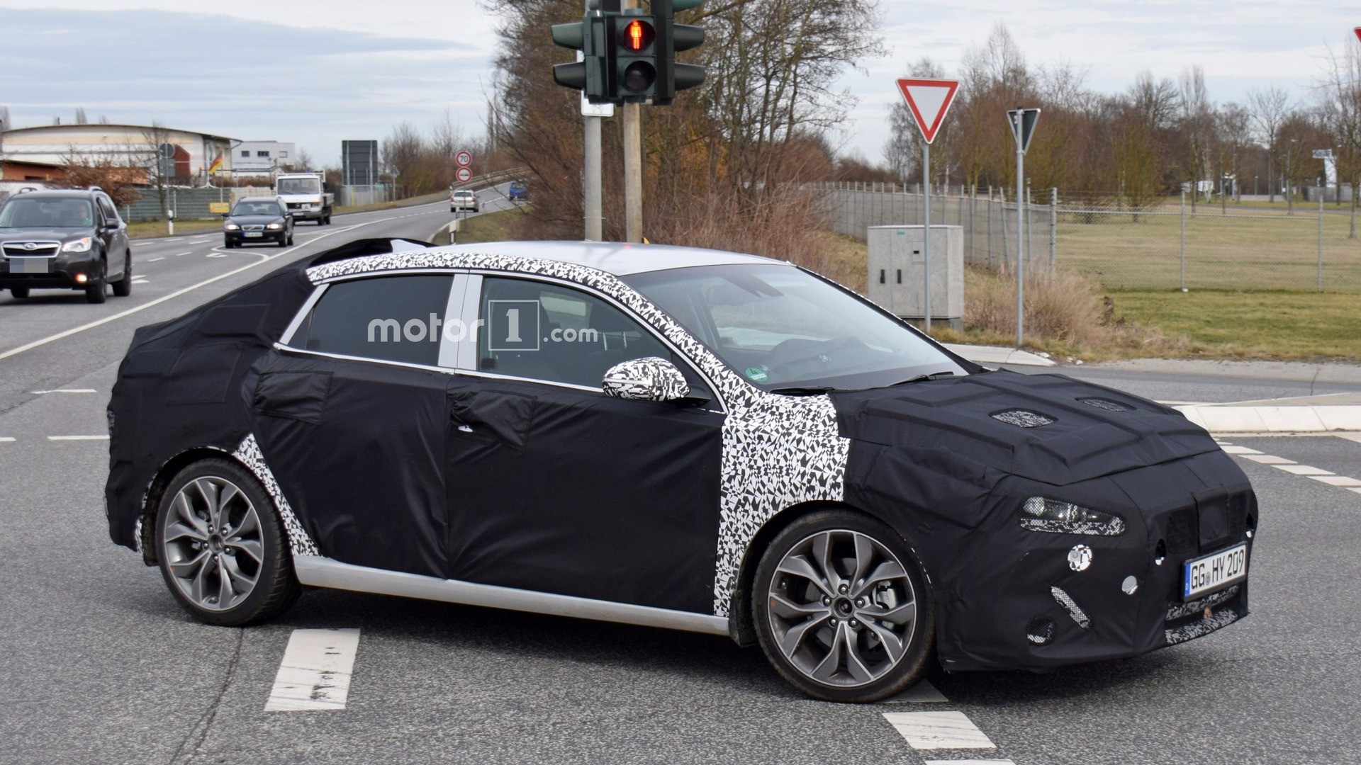 2018 hyundai i30 fastback spied for the first time. Black Bedroom Furniture Sets. Home Design Ideas