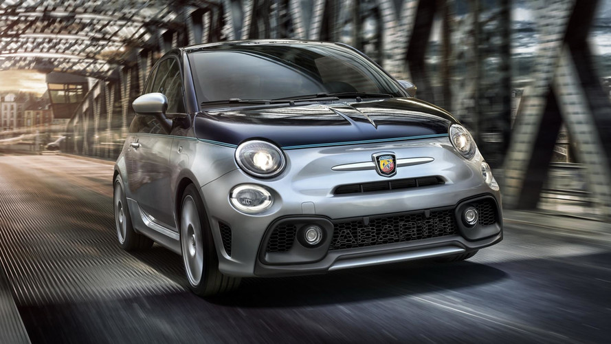 Abarth 695 Rivale performans ve lüksü birleştiriyor