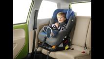 Inmetro planeja certificar sistema Isofix de cadeirinhas infantis