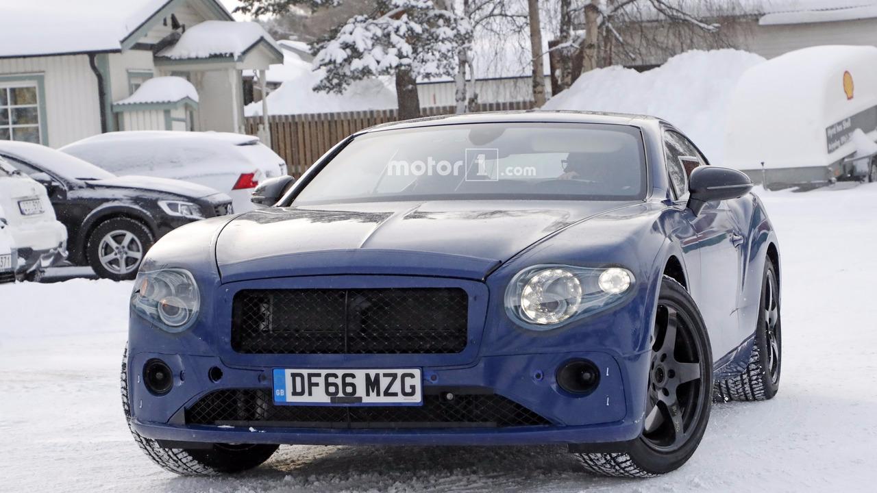 2018 Bentley Continental GT casus fotoğrafları