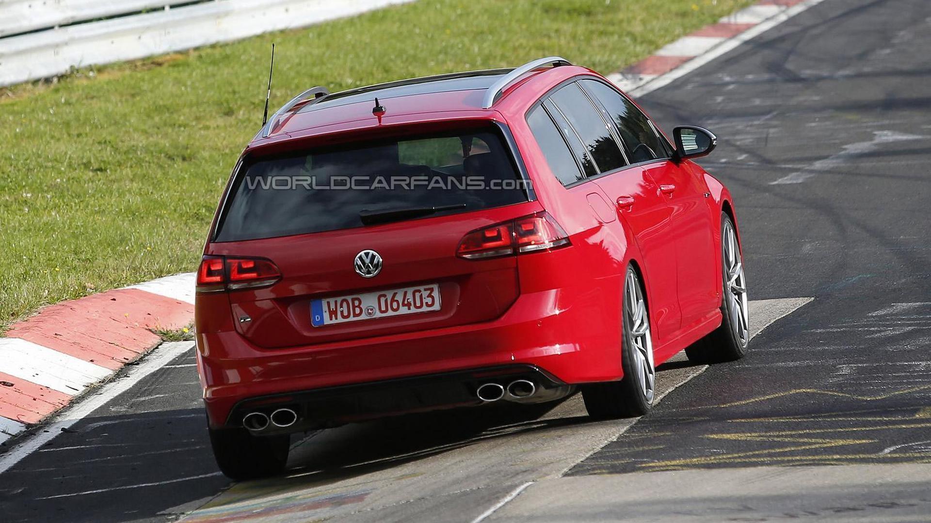 Универсал Volkswagen Golf R Variant на испытаниях