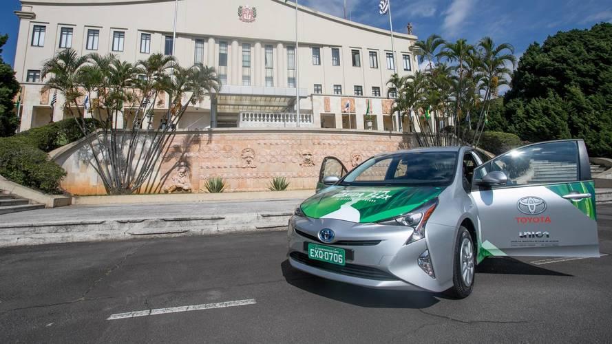 Toyota présente la Prius hybride