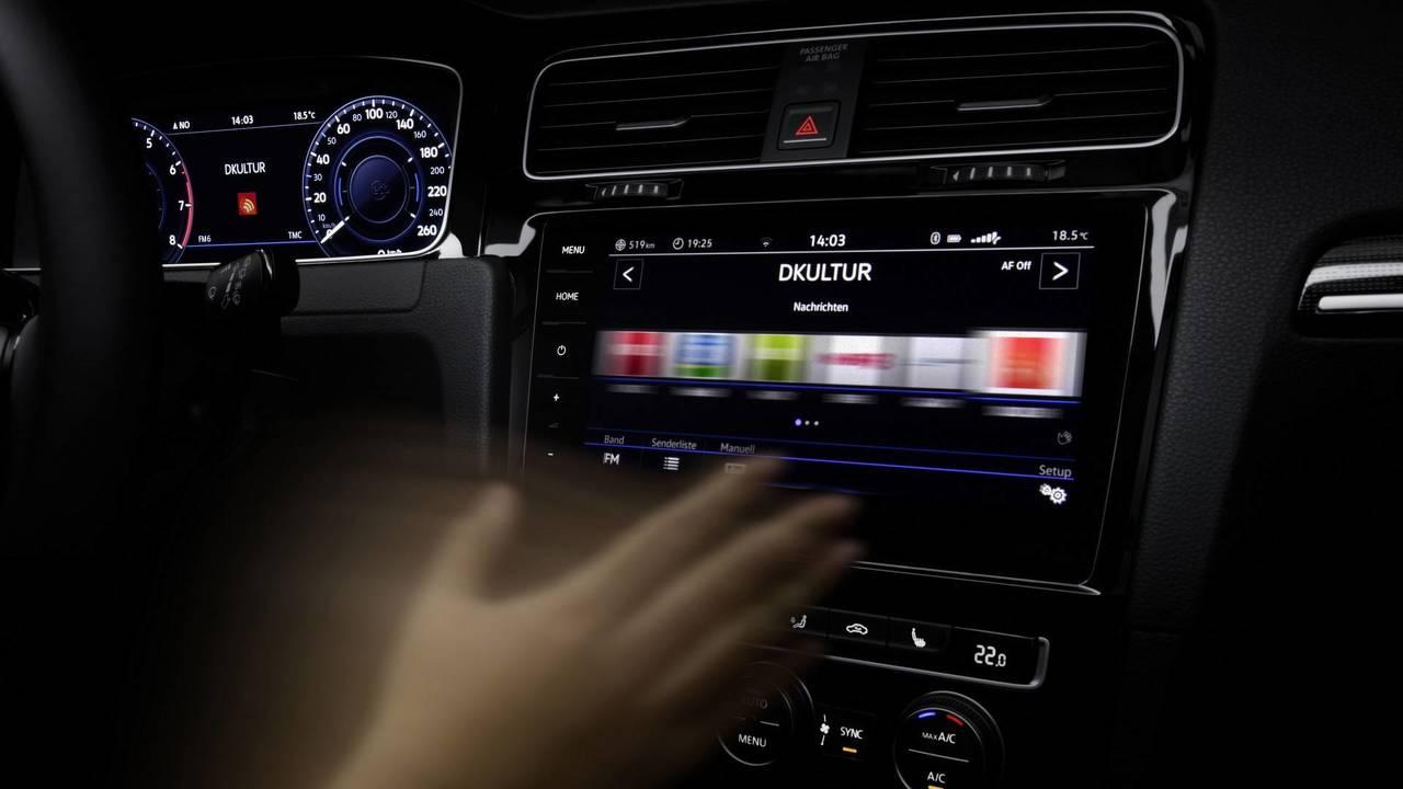 VW Golf VII radio