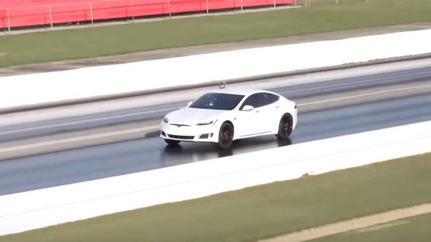 Tesla Model S P100D, yeni bir 400 metre rekoru kırdı
