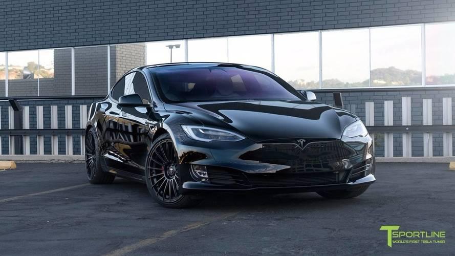 VIDÉO - La Tesla Model S reçoit le traitement de T Sportline