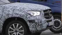 Mercedes-Benz GLE spy shot