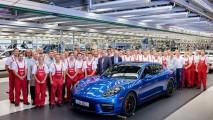 Último Porsche Panamera de 1ª geração sai da linha de montagem