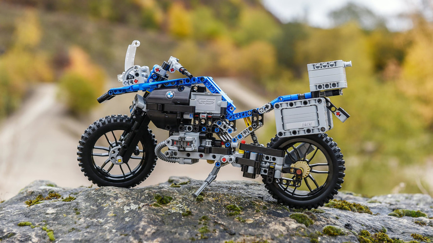 Lego BMW R 1200 GS Adventure: Shut up and take our money