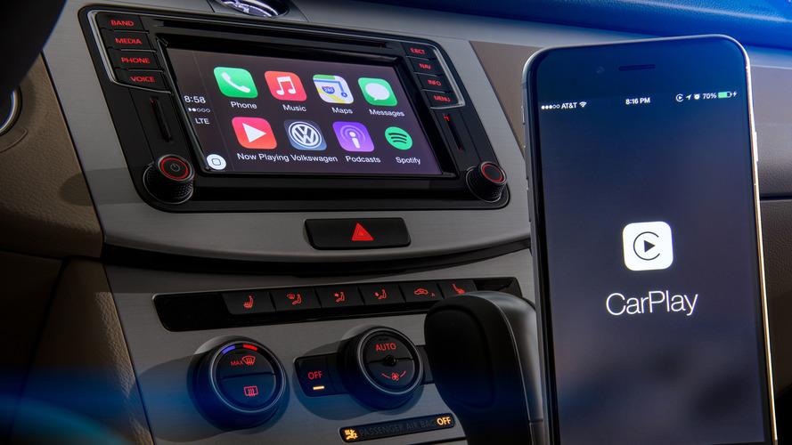 Burgess: Apple CarPlay'den nefret ediyorum