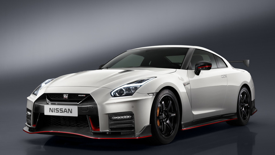 2017 Nissan GT-R Nismo priced from $174,990 in U.S.