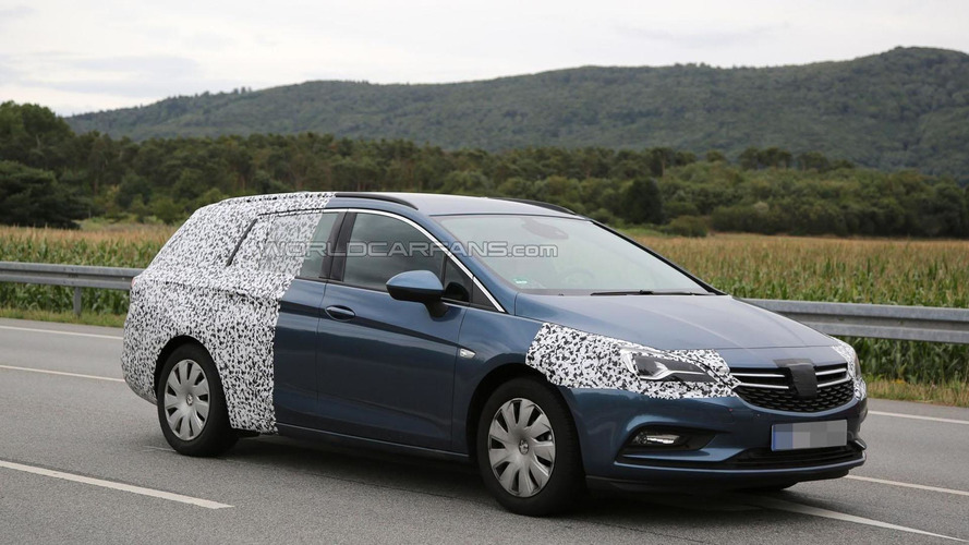 2016 Opel Astra Sports Tourer spied