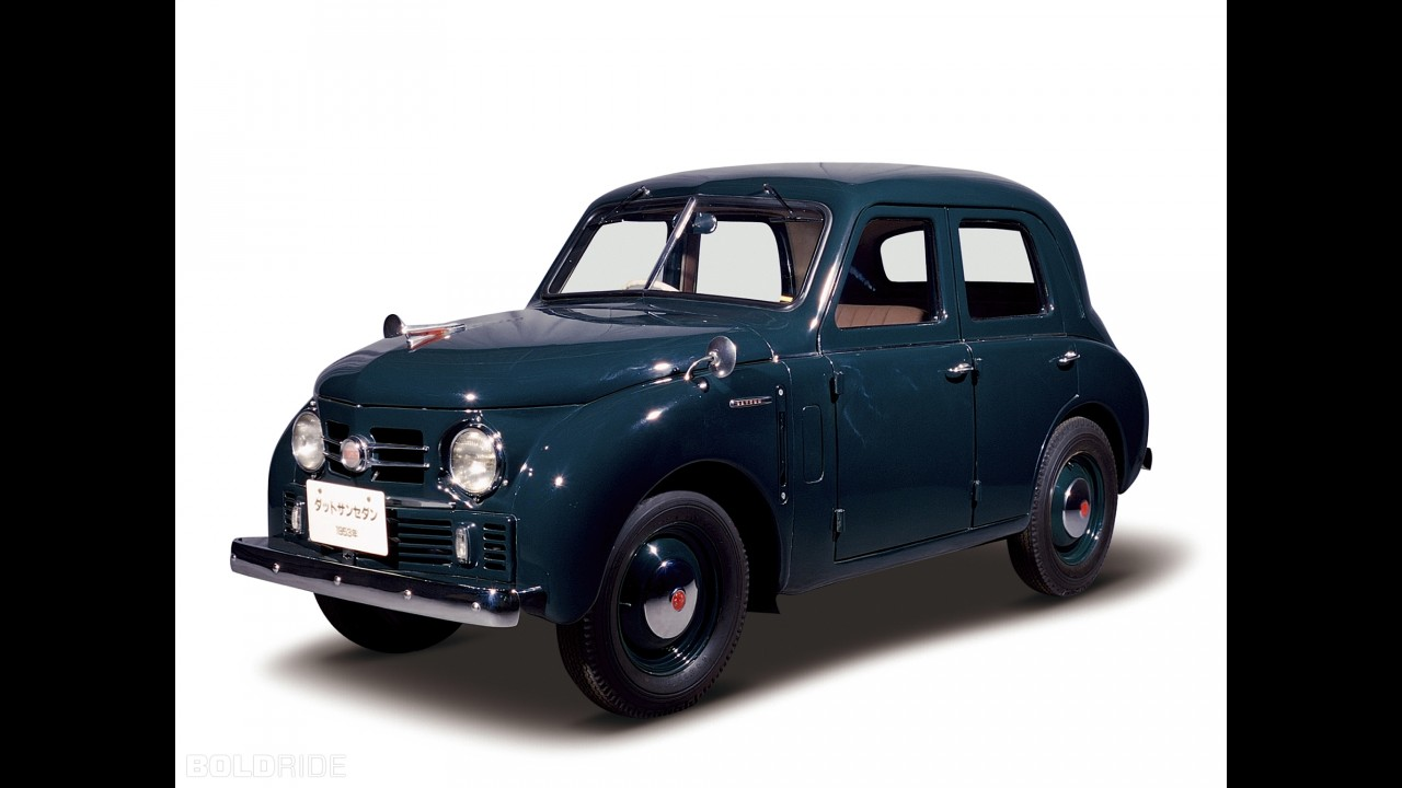 Datsun Deluxe Sedan