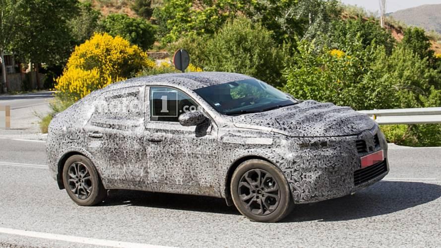 Renault Captur Coupe, tanıtımına kısa süre kala görüntülendi [GÜNCEL]