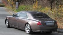 2011 Rolls-Royce Ghost EWB spy photos - 11.09.2010