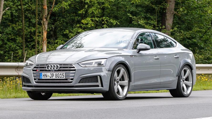 Álca nélküli fotókon az első Audi RS5 Sportback?