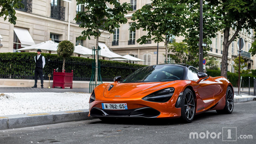 PHOTOS - La nouvelle McLaren 720S déjà surprise à Paris !
