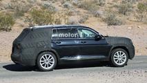 VW Teramont spy pic