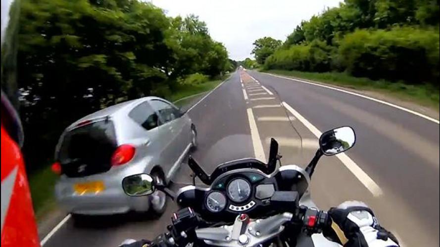 L'incidente in moto di David Holmes