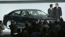 Lexus LS600h Unveiled at NYIAS