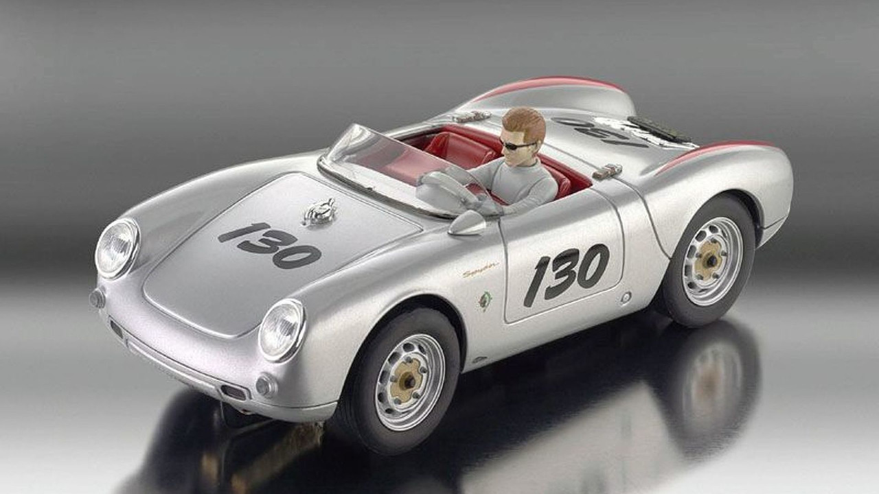 Revell Limited Edition James Dean Porsche Spyder 550